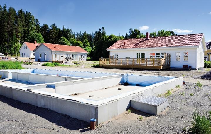 Nya villor byggs i Kulltorp (ovan) och Viktjärn (högst upp på sidan).